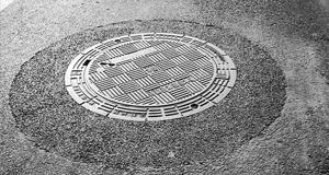 球墨铸铁井盖为什么设计圆形的?